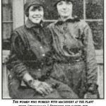 """Old Hickory workers in """"womanalls,"""" 1918"""